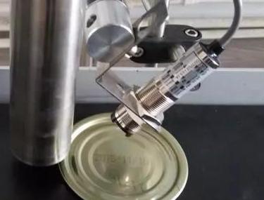 广东小字符喷码机在金属包装上的应用
